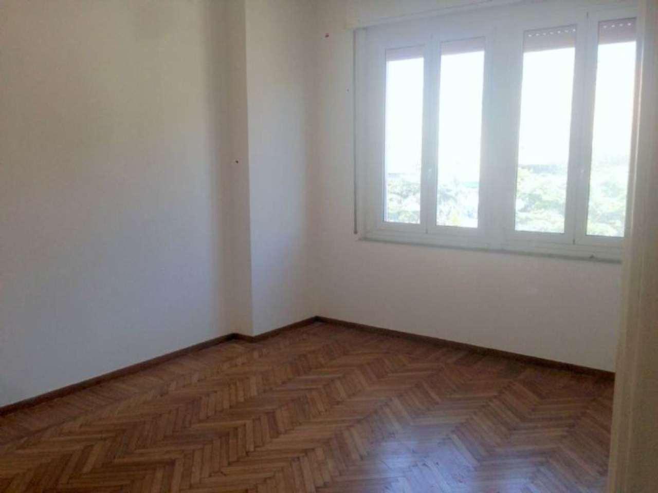 Appartamento in affitto a Genova, 2 locali, zona Zona: 8 . Sampierdarena, Certosa-Rivarolo, Centro Ovest, S.Teodoro, prezzo € 430 | Cambio Casa.it
