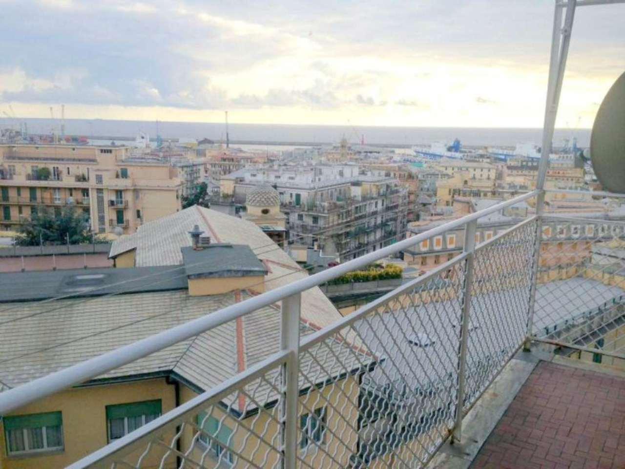 Bilocale Genova Via G.b.monti 3