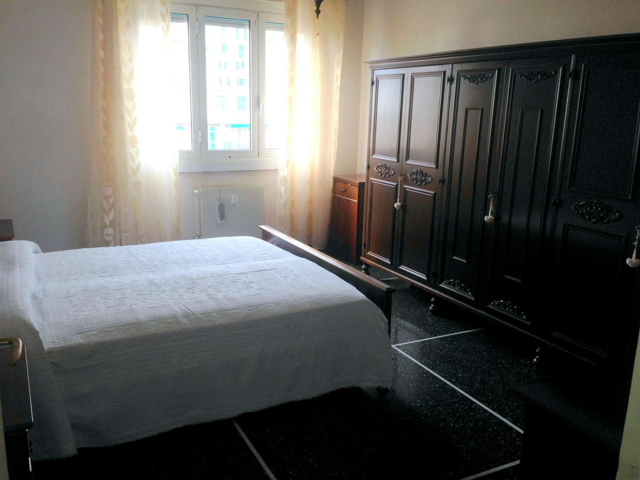 Bilocale Genova Via San B. Del Fossato 9