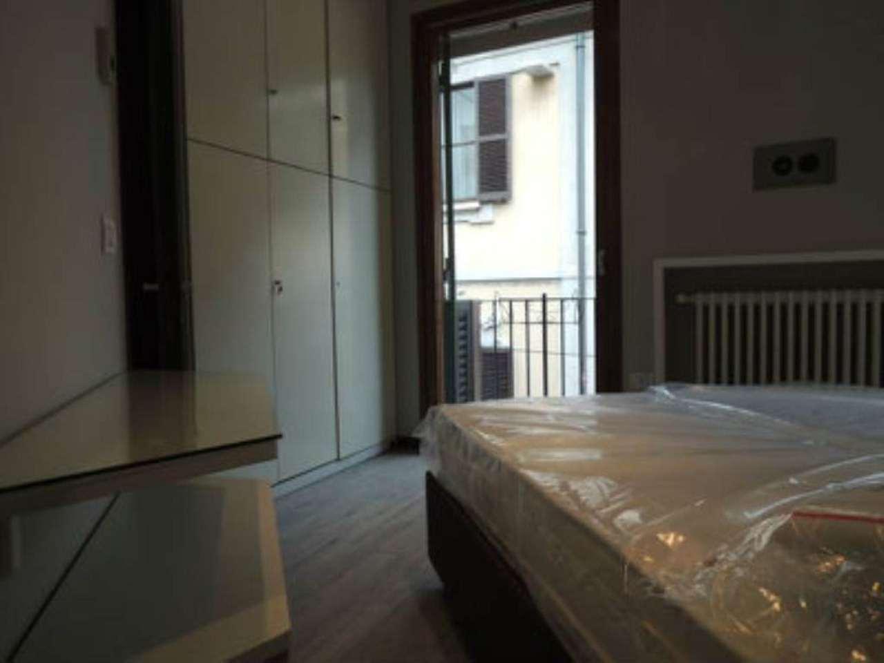 Bilocale Milano Via Della Spiga 12