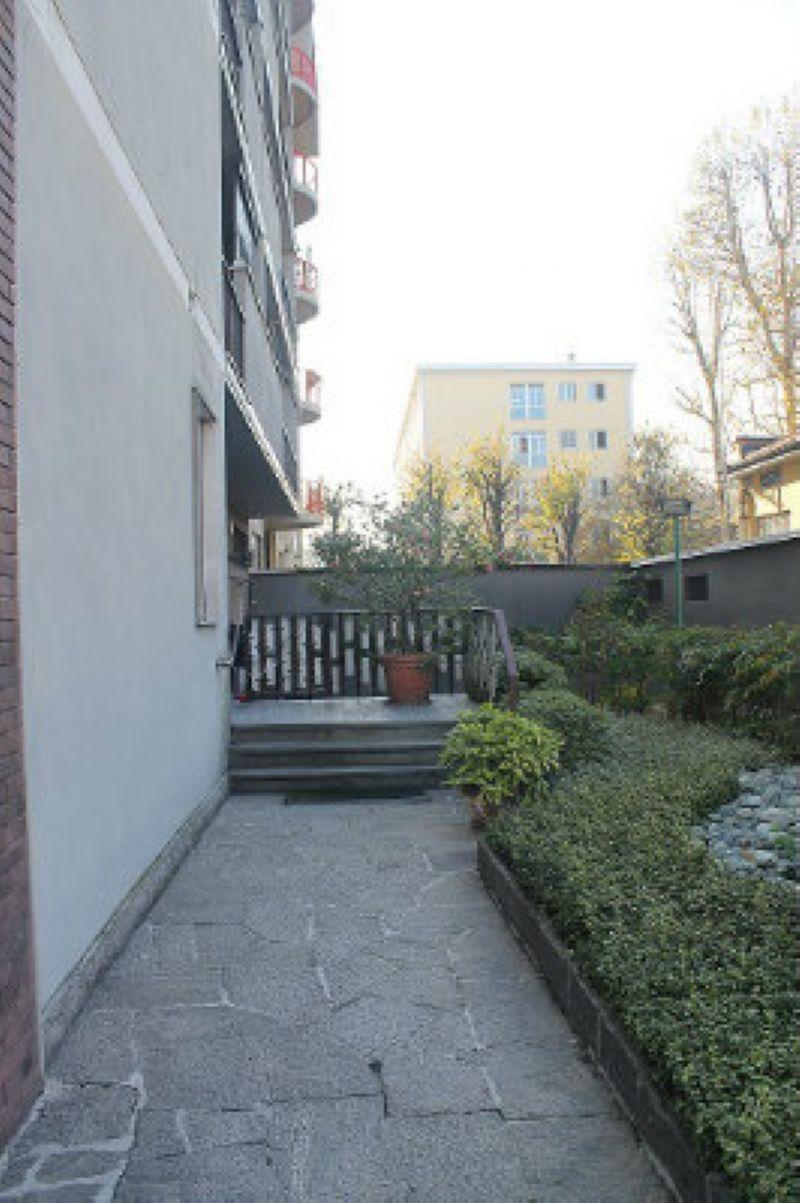 Bilocale Milano Via Civitali 3