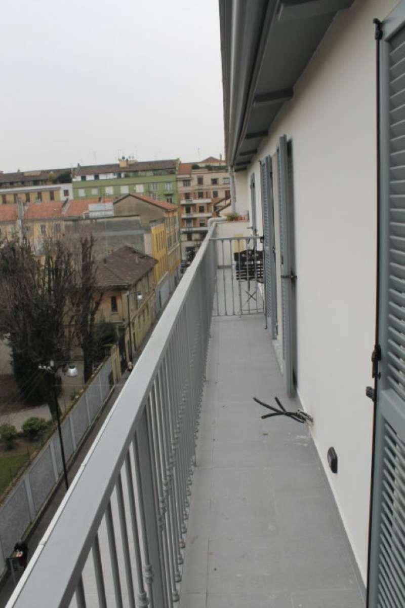 Bilocale Milano Via Scarpa 2