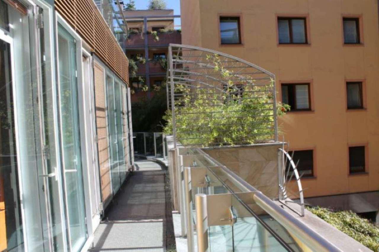 Bilocale Milano Via Santa Lucia 6