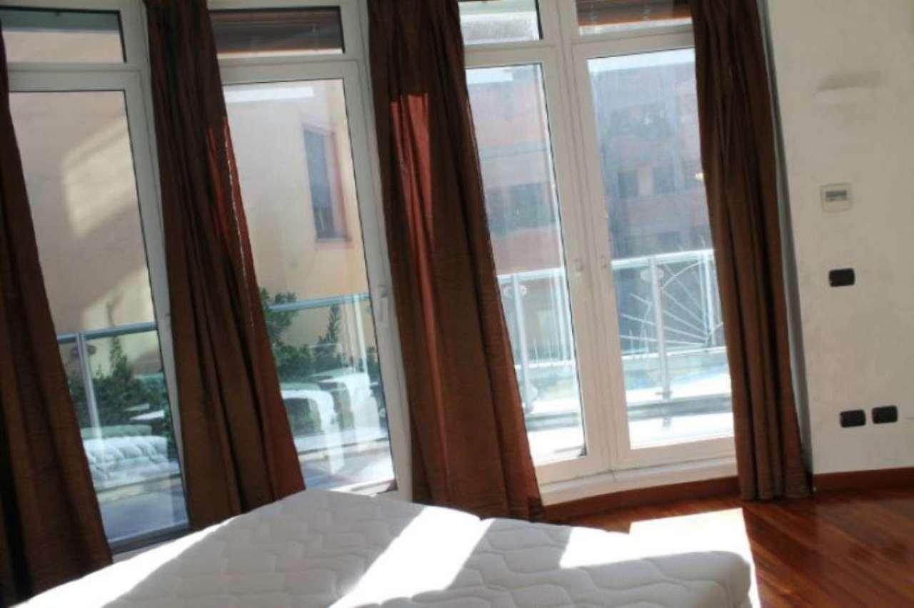 Bilocale Milano Via Santa Lucia 9