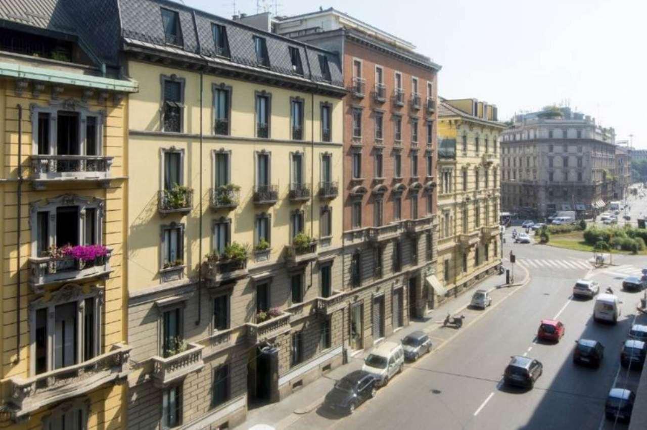 Bilocale Milano Via Via Giovanni Boccaccio 1