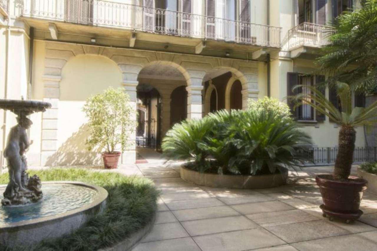 Bilocale Milano Via Via Giovanni Boccaccio 4