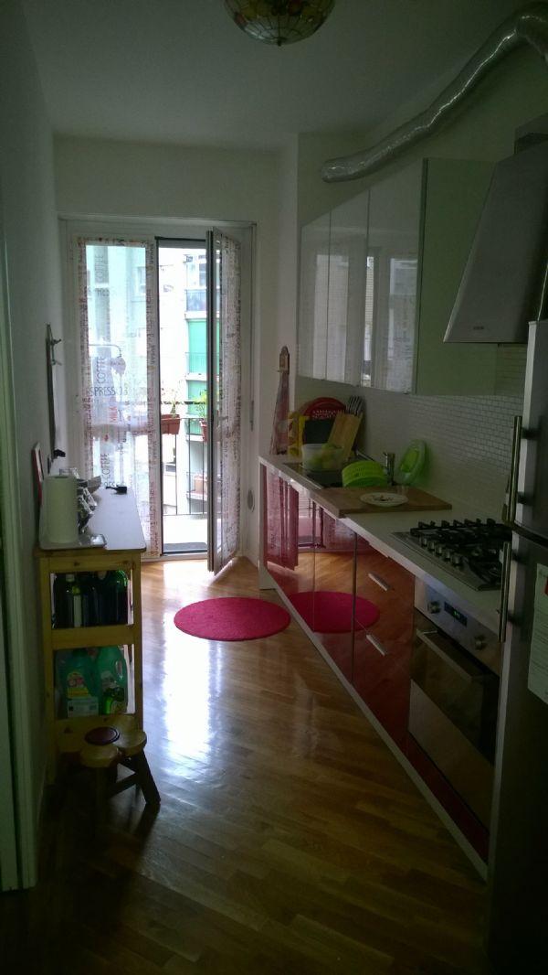 Bilocale Milano Via Cenisio 3