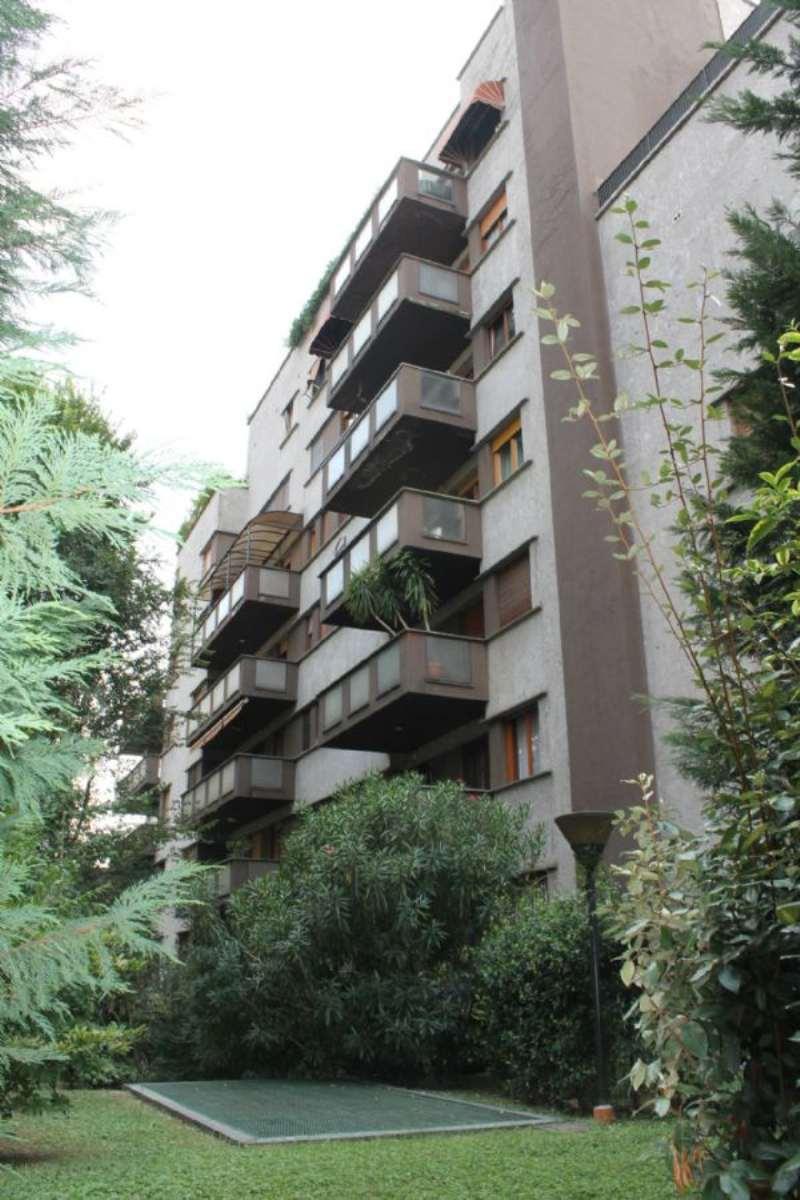 Bilocale Milano Via Bertini 1