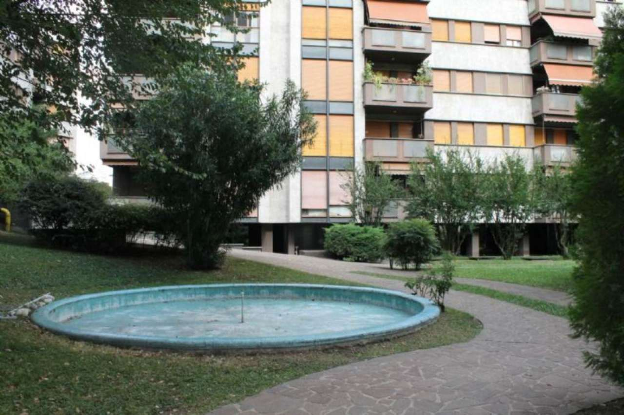 Bilocale Milano Via Bertini 3