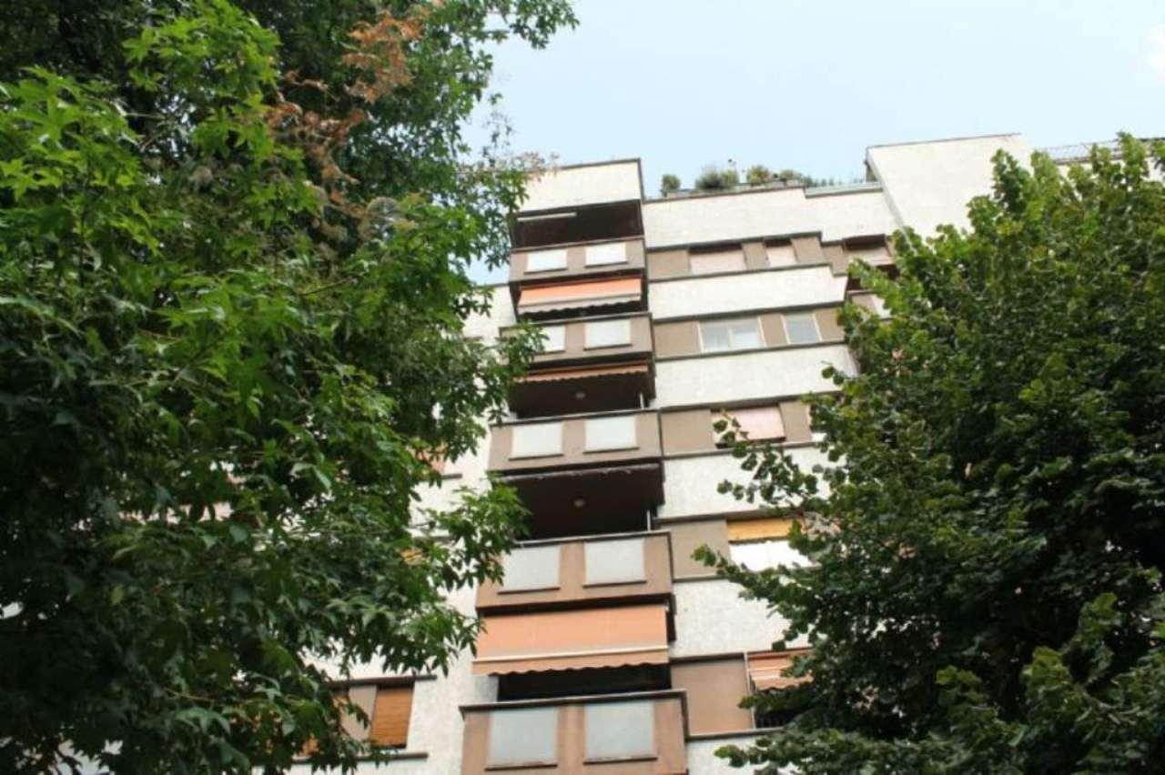 Bilocale Milano Via Bertini 5