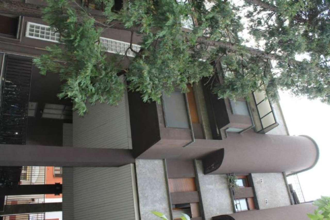 Bilocale Milano Via Bertini 6