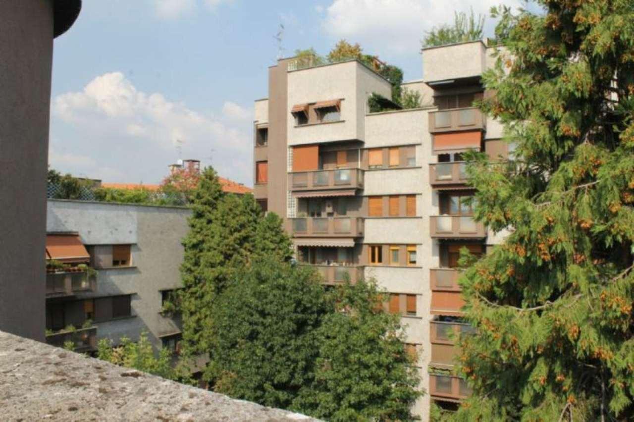 Bilocale Milano Via Bertini 11