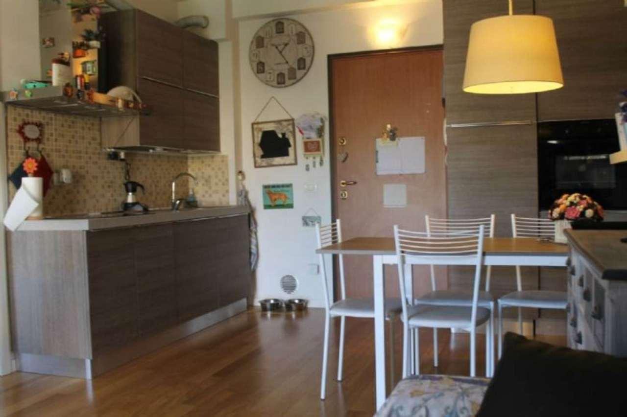 Bilocale Milano Via Pantelleria 1