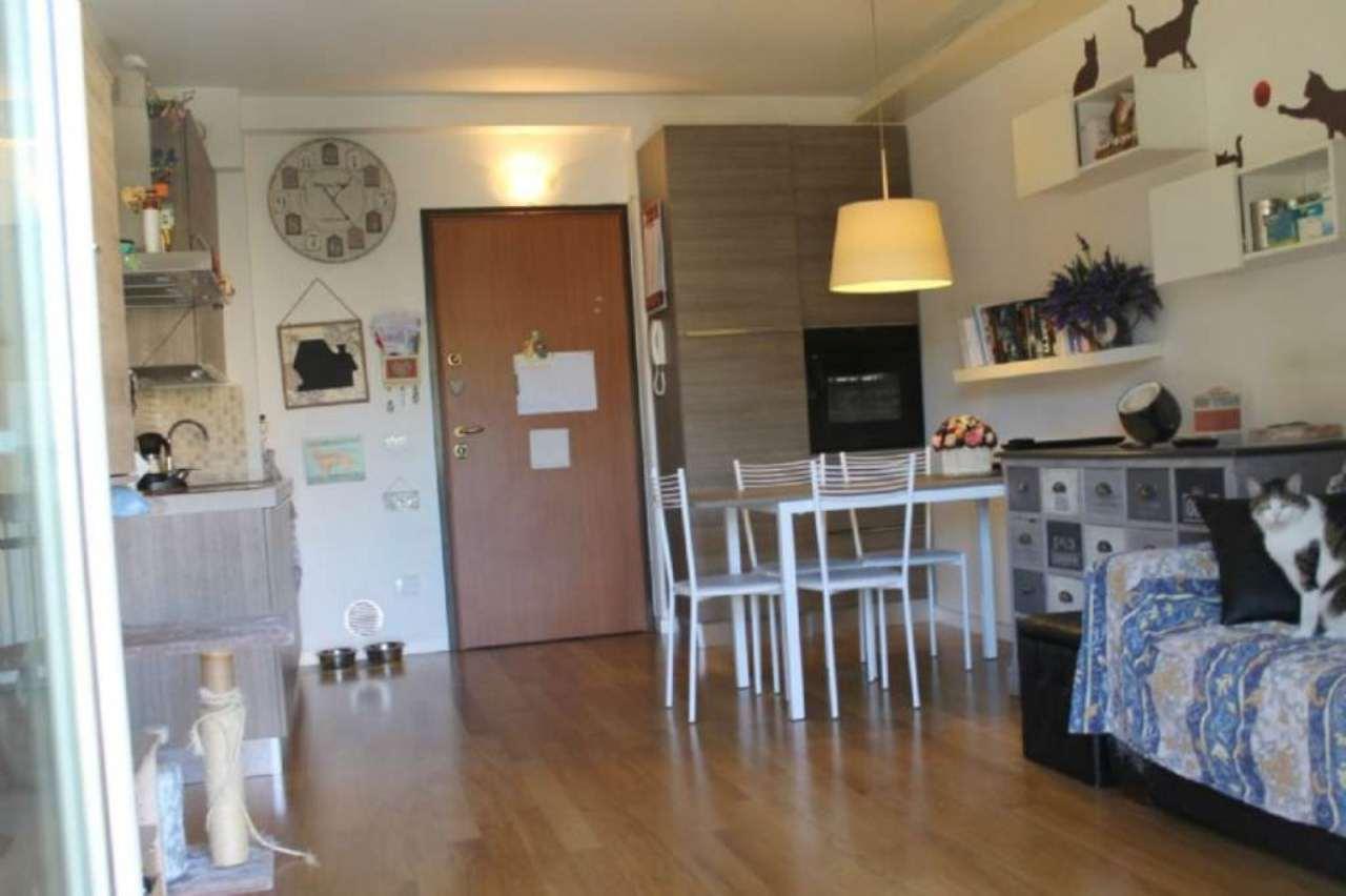 Bilocale Milano Via Pantelleria 3