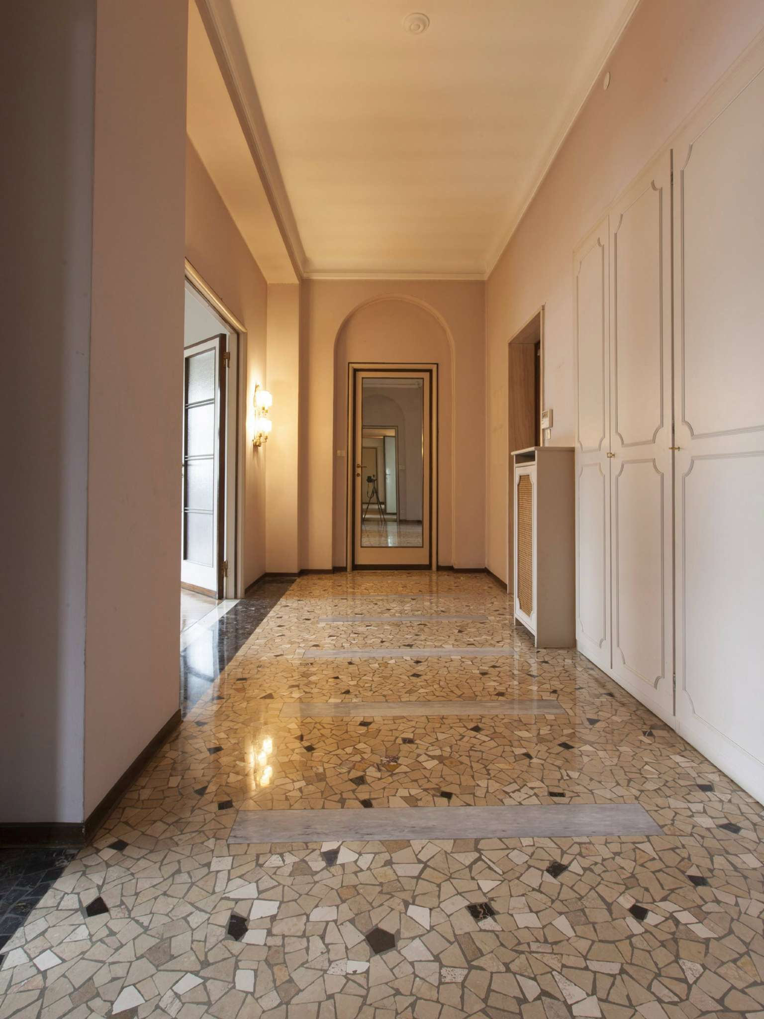 Appartamento in Vendita a Milano: 5 locali, 260 mq - Foto 1