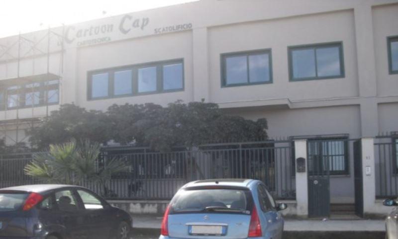 Palazzo / Stabile in affitto a Villabate, 6 locali, prezzo € 18.000 | Cambiocasa.it