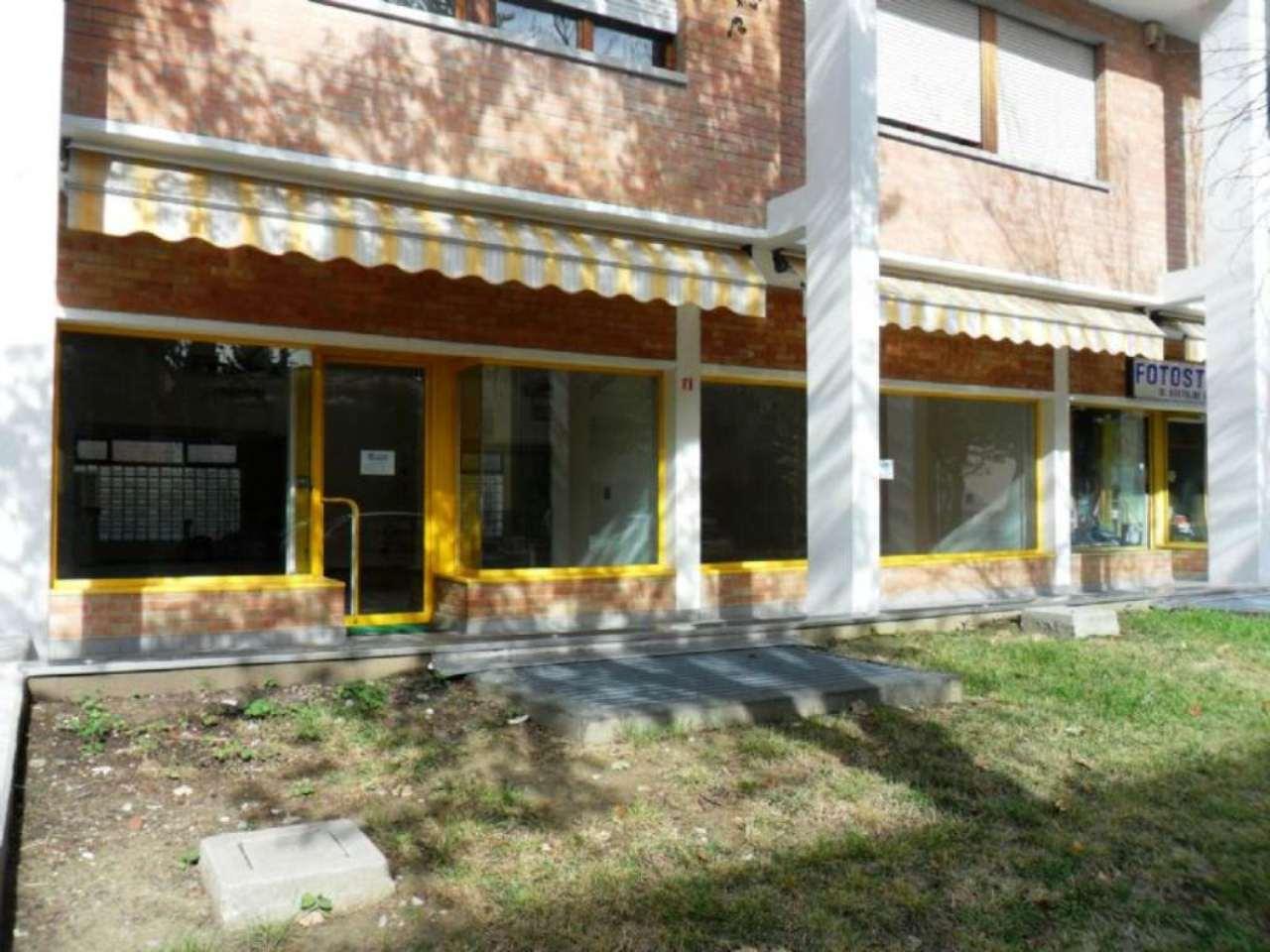 Negozio / Locale in affitto a Noceto, 2 locali, prezzo € 1.100 | Cambio Casa.it