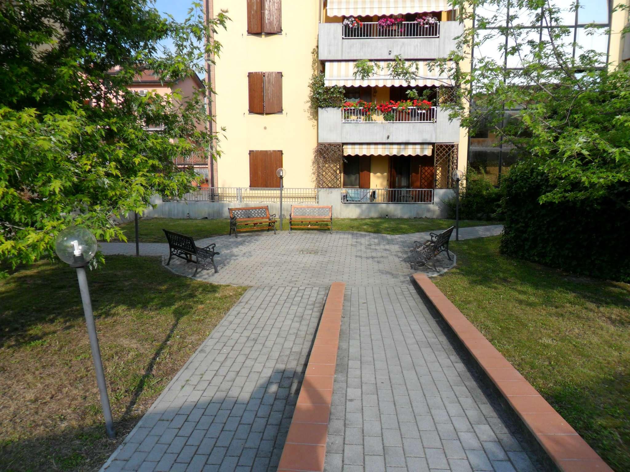 Bilocale Fontevivo Via Picelli 11