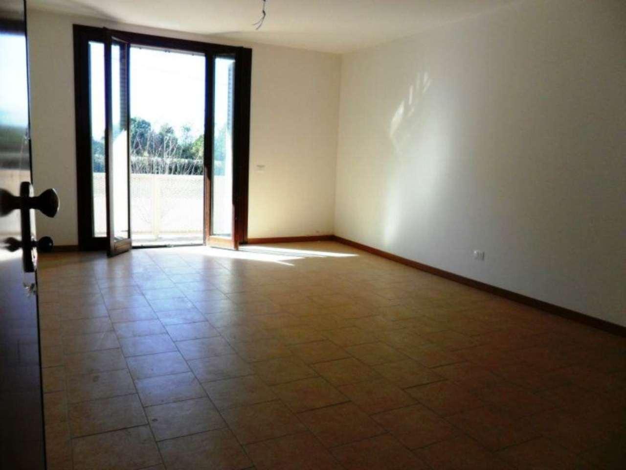 Appartamento in vendita a Fontevivo, 4 locali, prezzo € 220.000 | Cambio Casa.it