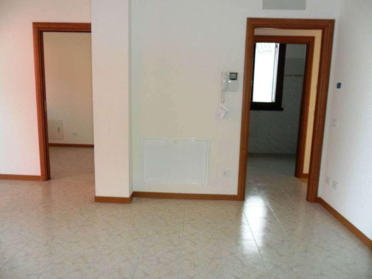 Appartamento in vendita a Fontevivo, 3 locali, prezzo € 155.000 | Cambio Casa.it