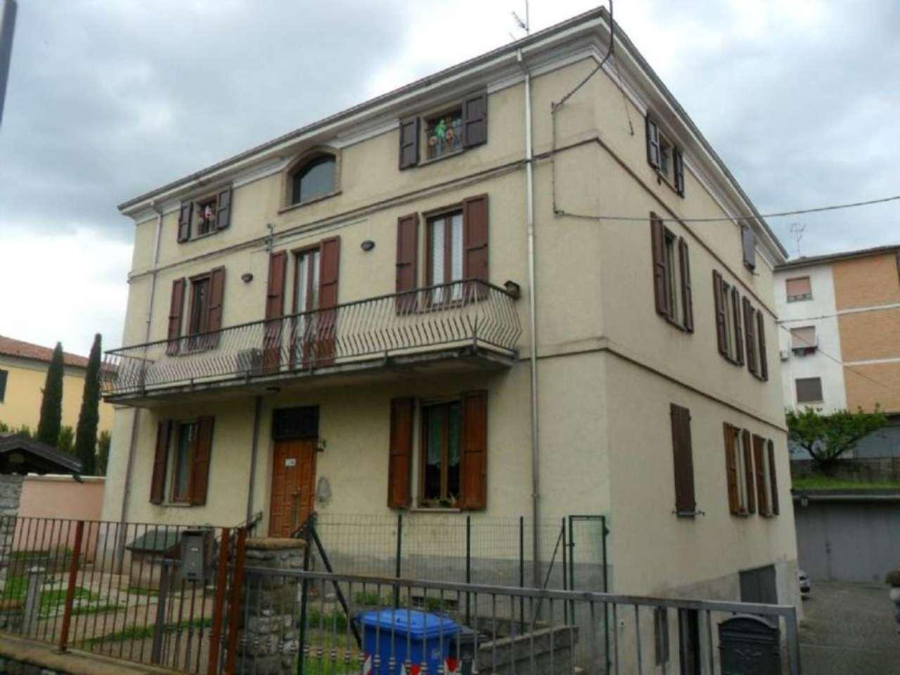 Appartamento in vendita a Fornovo di Taro, 3 locali, prezzo € 130.000 | Cambio Casa.it