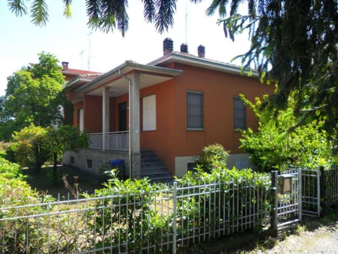 Soluzione Indipendente in vendita a Medesano, 3 locali, prezzo € 160.000 | Cambio Casa.it
