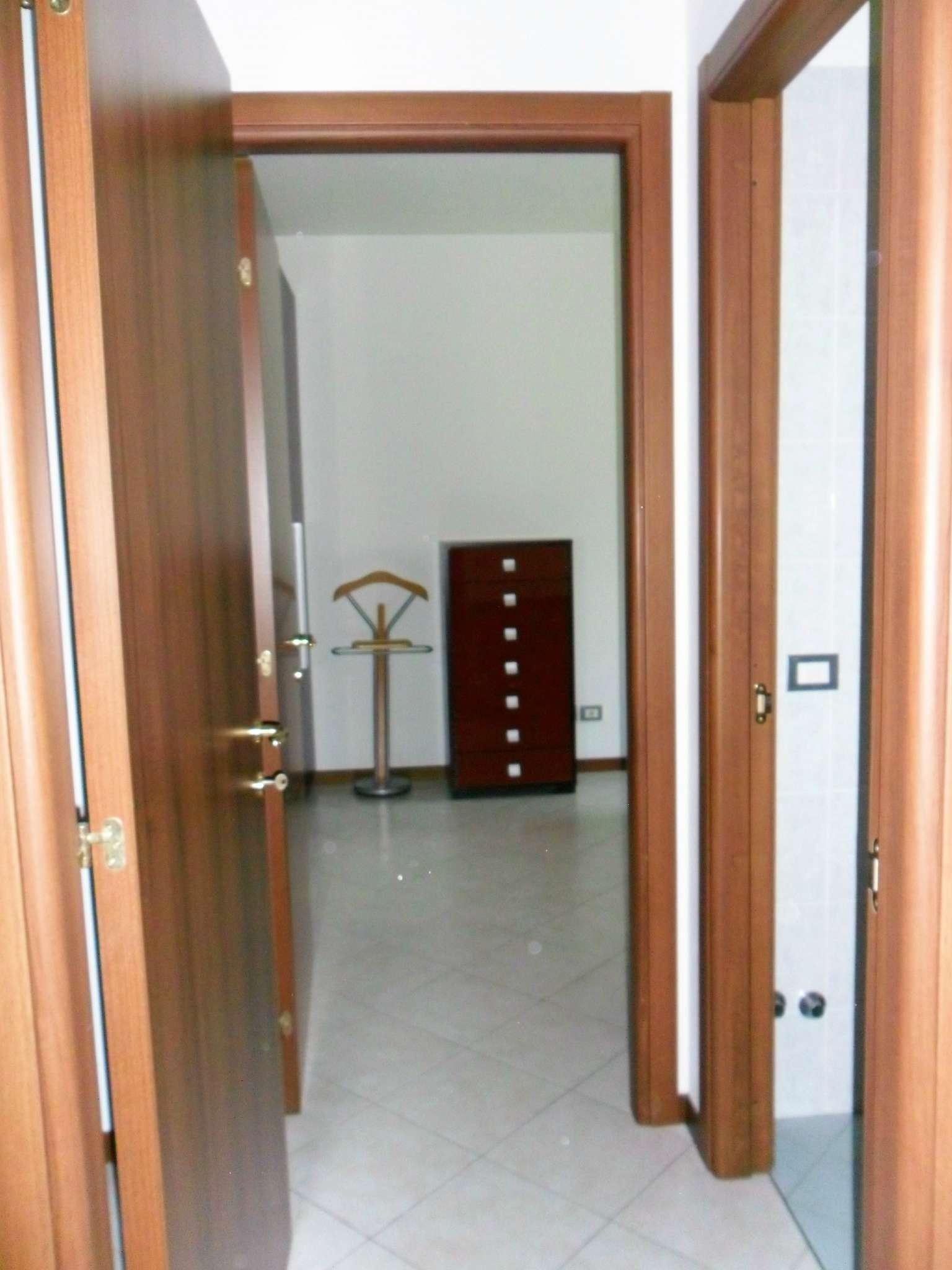 Bilocale Fontevivo Strada Bianconese 8