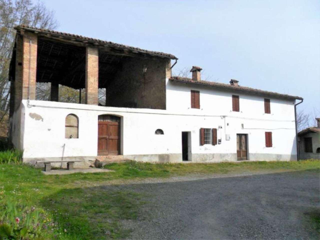 Rustico / Casale in vendita a Medesano, 3 locali, prezzo € 40.000 | Cambio Casa.it