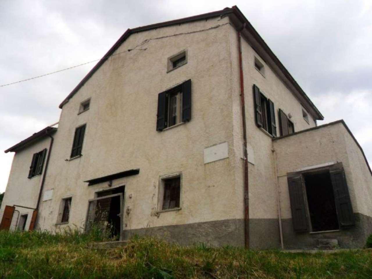 Soluzione Indipendente in vendita a Solignano, 5 locali, prezzo € 130.000 | Cambio Casa.it