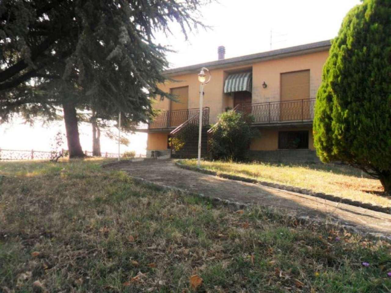 Soluzione Indipendente in vendita a Noceto, 7 locali, prezzo € 240.000 | Cambio Casa.it