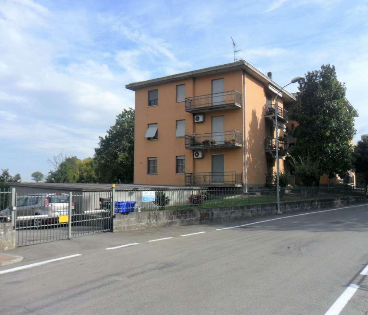 Appartamento in vendita a Noceto, 4 locali, prezzo € 109.000 | Cambio Casa.it