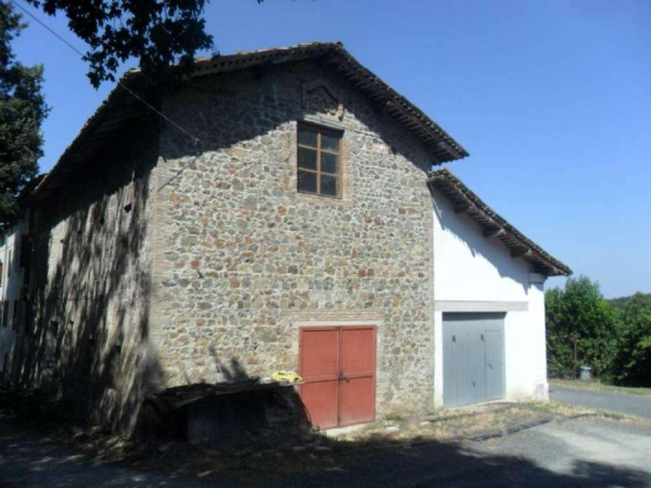Rustico / Casale in vendita a Fornovo di Taro, 6 locali, prezzo € 105.000 | Cambio Casa.it