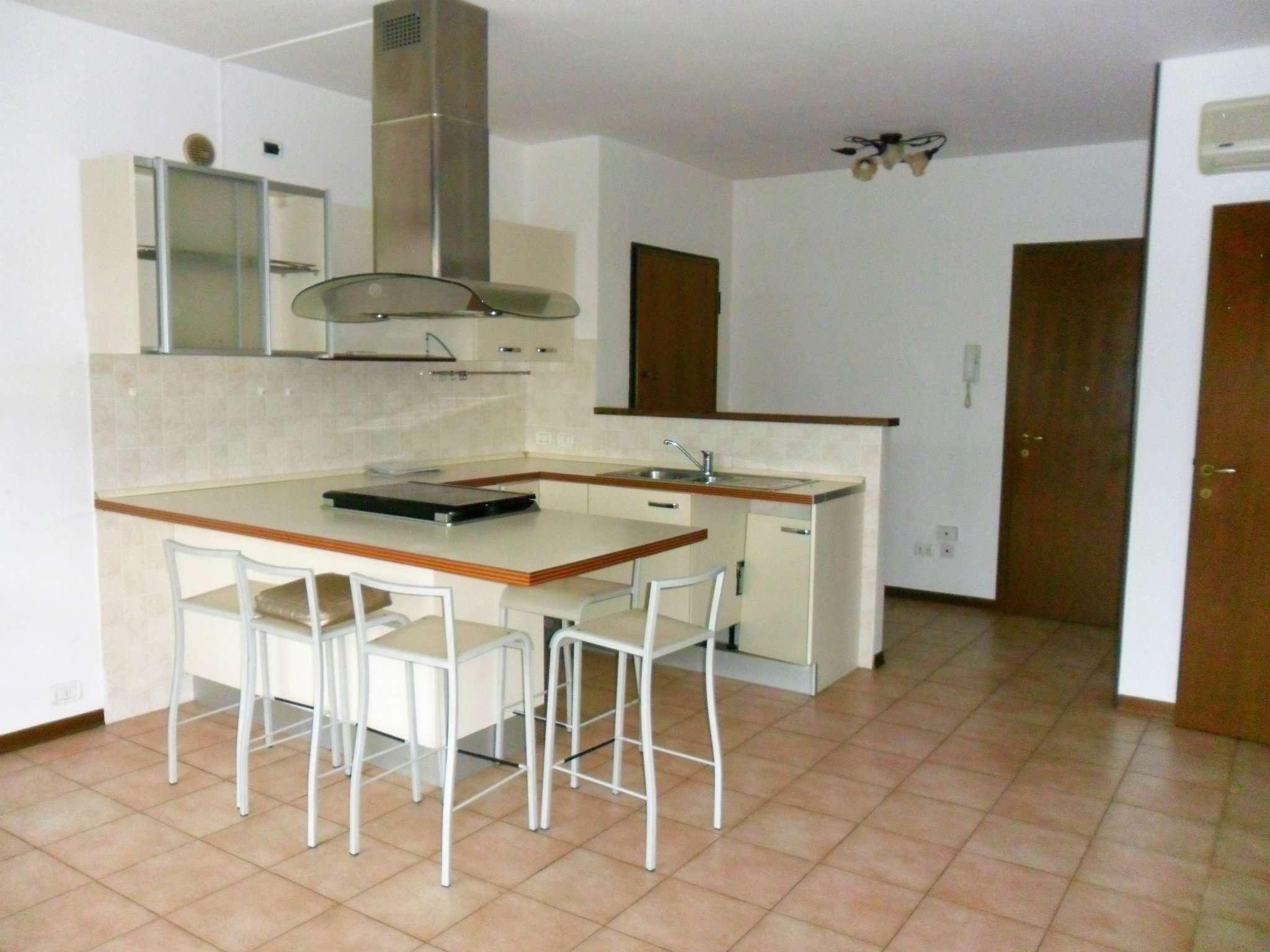 Appartamento in vendita a Fontevivo, 3 locali, prezzo € 113.000 | Cambio Casa.it