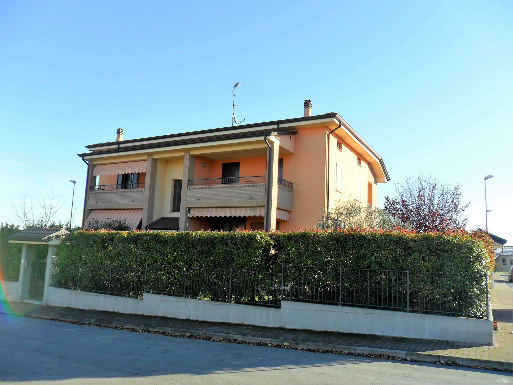 Appartamento in vendita a Noceto, 5 locali, Trattative riservate | Cambio Casa.it