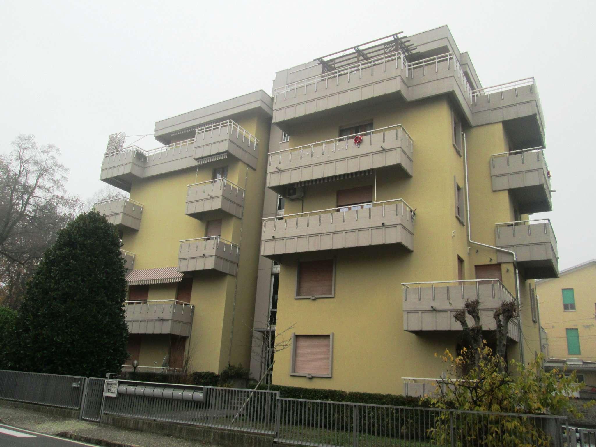 Appartamento in vendita a Felino, 4 locali, prezzo € 125.000   Cambio Casa.it