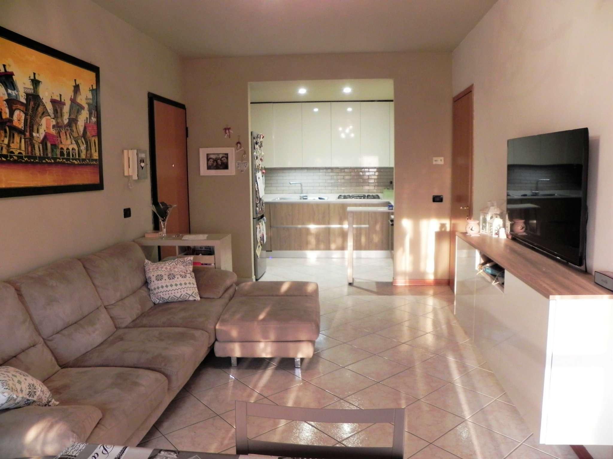 Appartamento in vendita a Noceto, 4 locali, prezzo € 170.000 | Cambio Casa.it