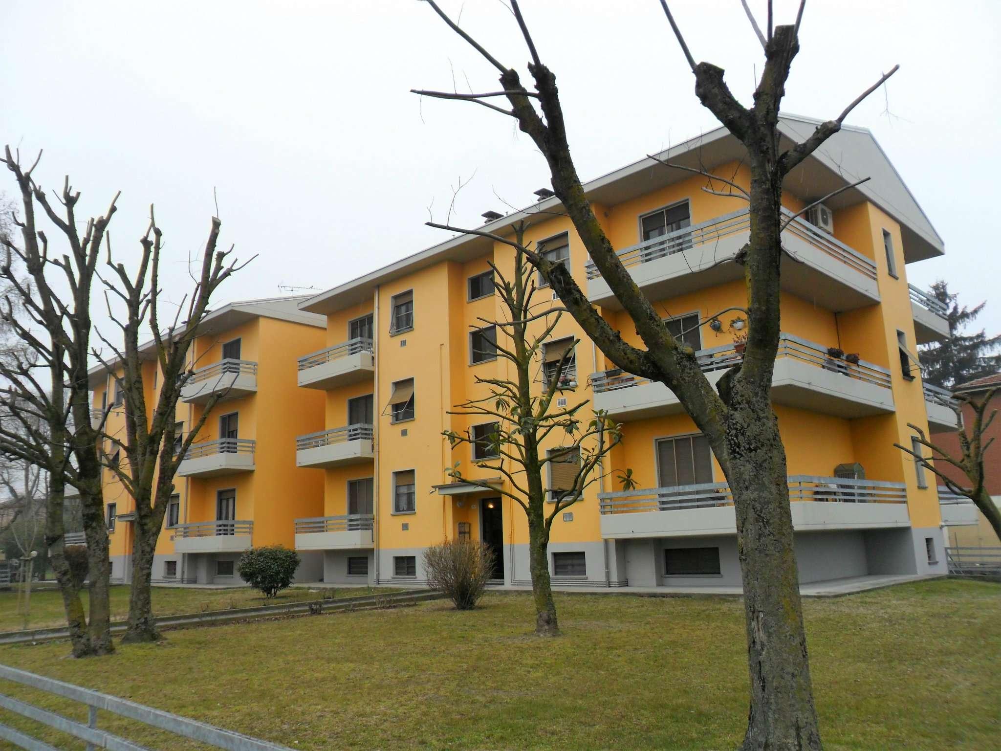 Appartamento in vendita a Soragna, 3 locali, prezzo € 119.000 | Cambio Casa.it