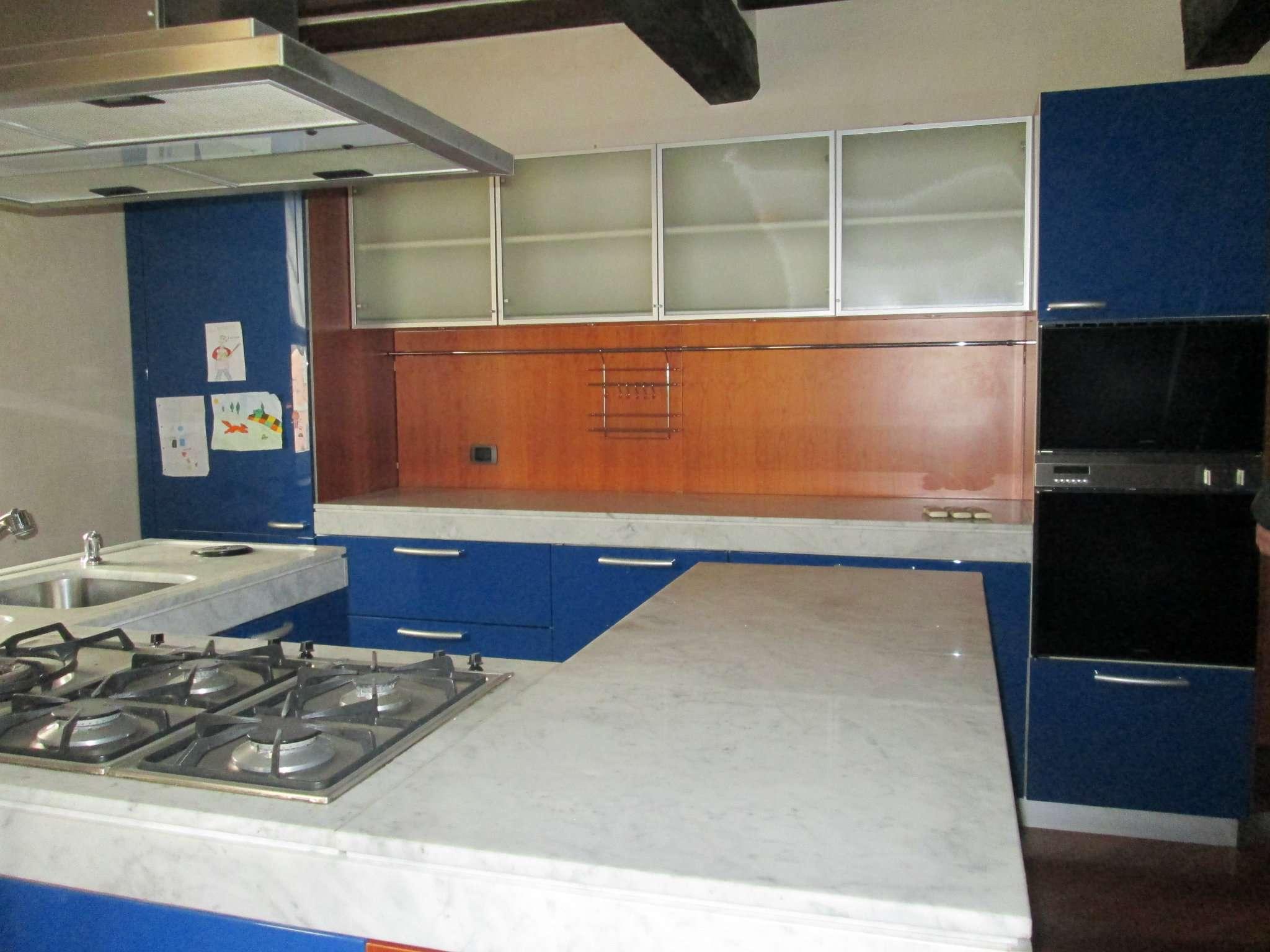 Appartamento in affitto a Medesano, 4 locali, prezzo € 620 | Cambio Casa.it