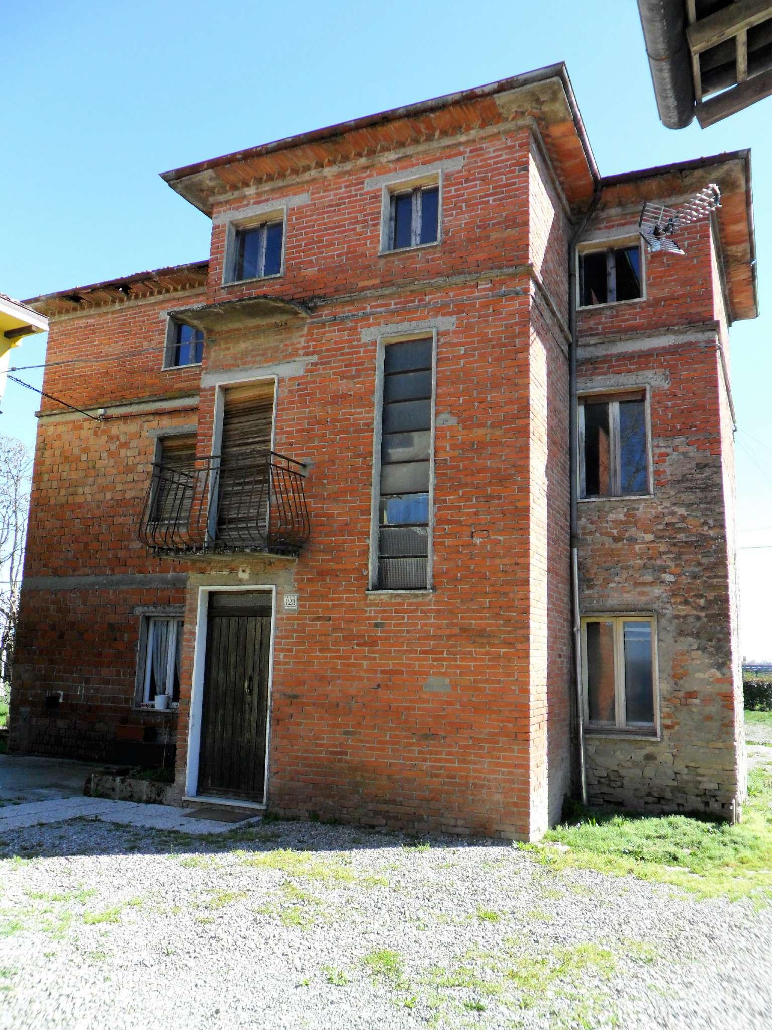 Soluzione Indipendente in vendita a Noceto, 6 locali, prezzo € 89.000 | Cambio Casa.it