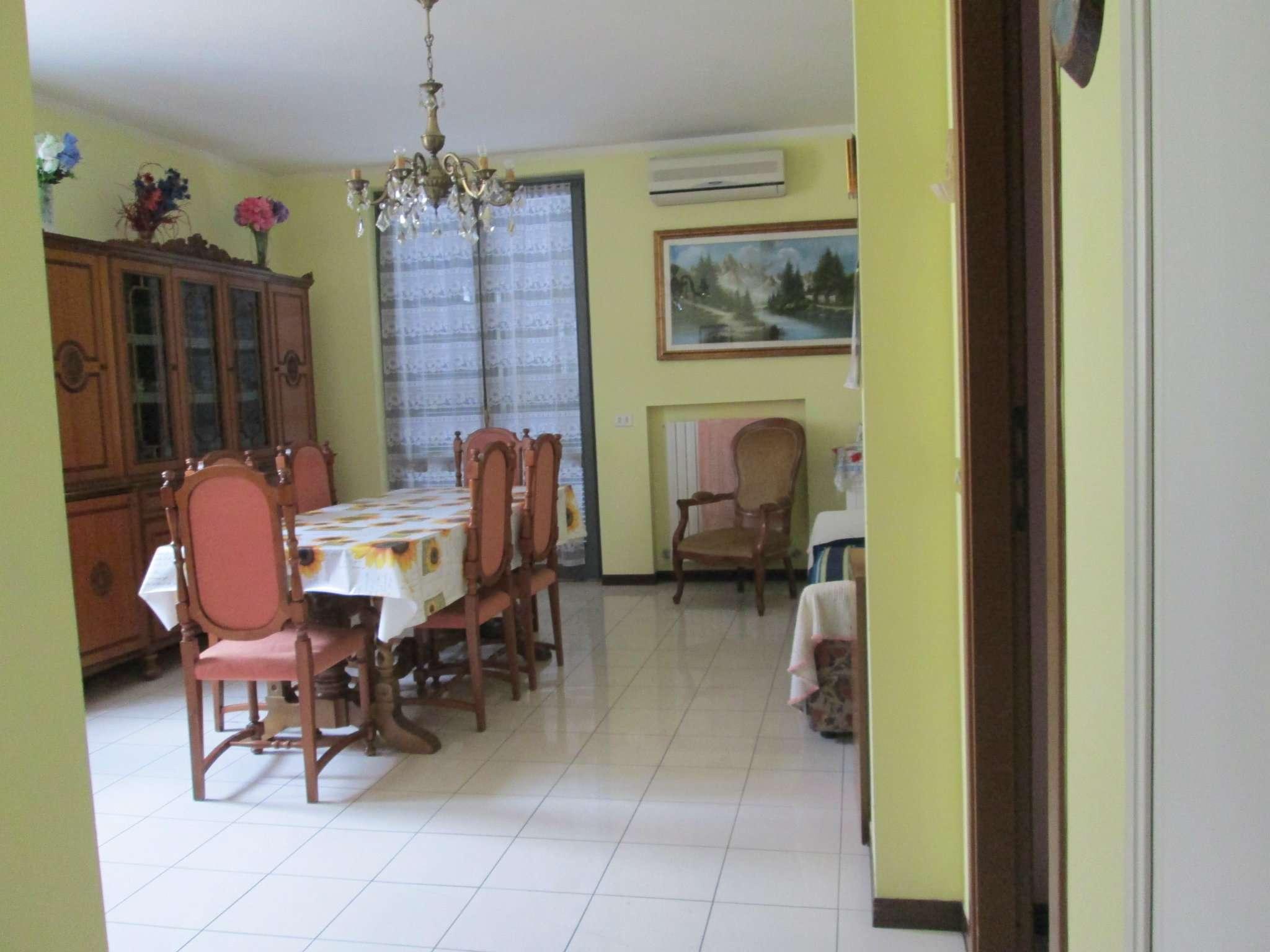 Appartamento in affitto a Medesano, 3 locali, prezzo € 550 | Cambio Casa.it