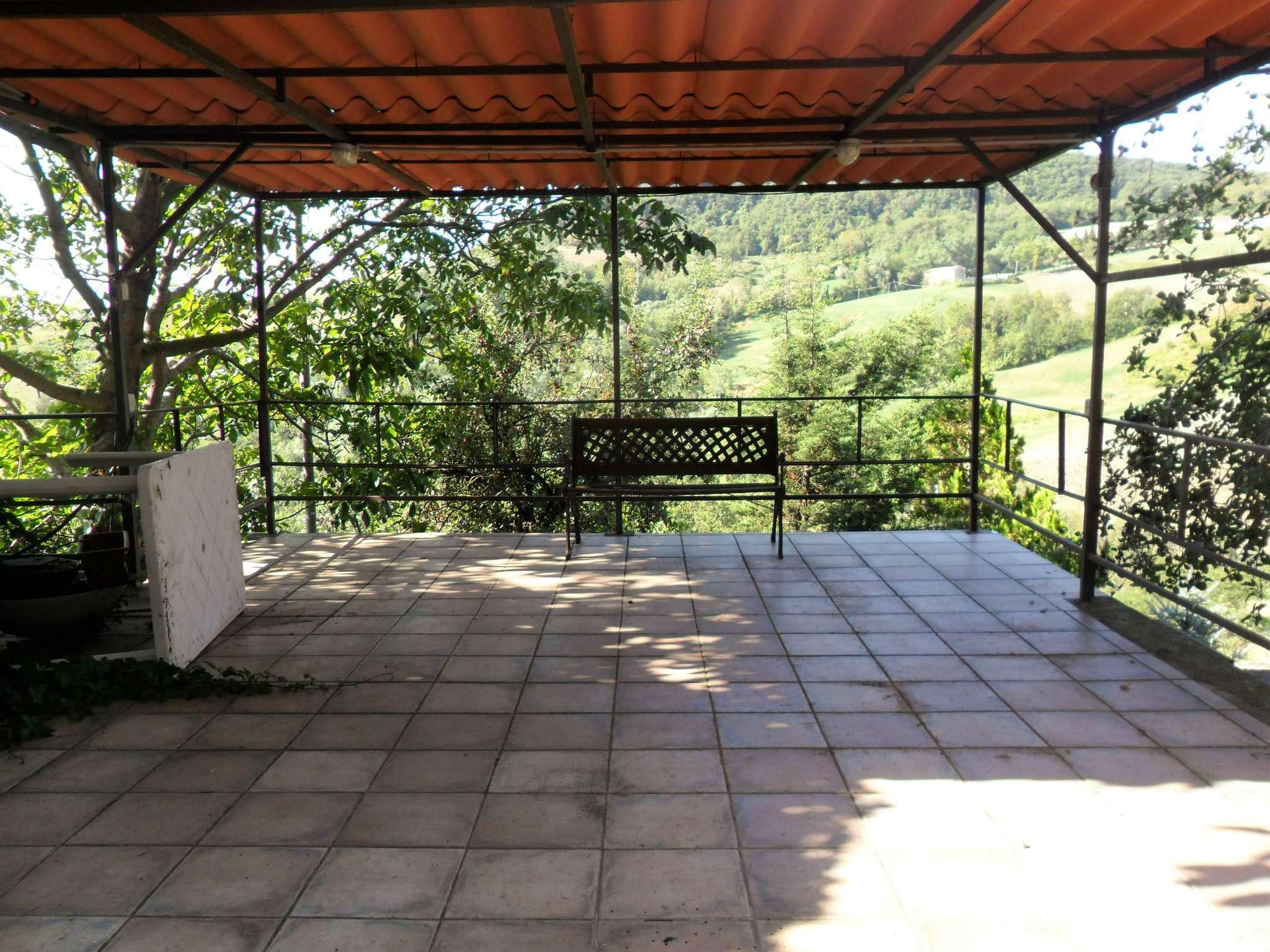 Soluzione Indipendente in vendita a Medesano, 6 locali, prezzo € 60.000 | Cambio Casa.it