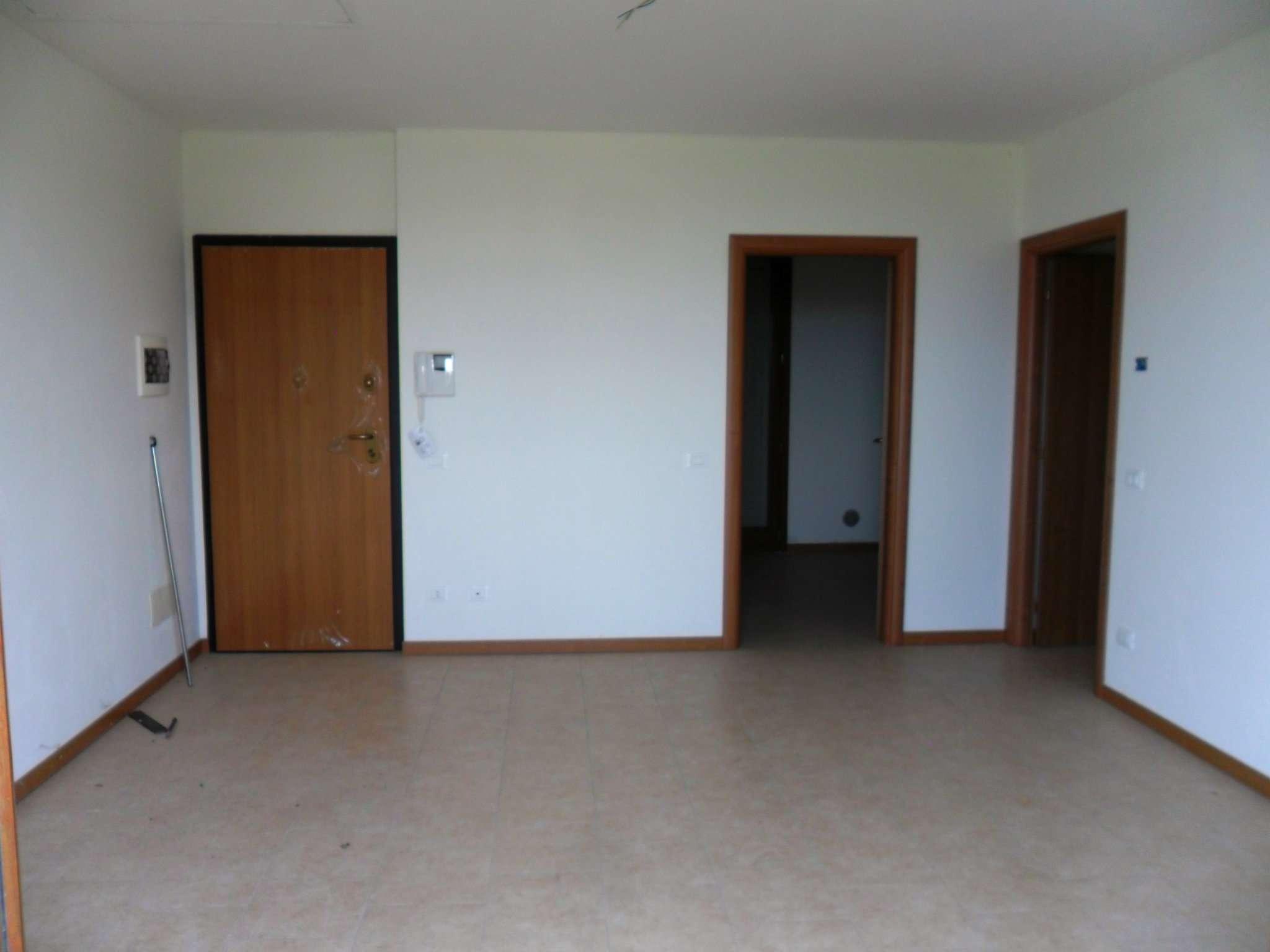 Appartamento in vendita a Fontevivo, 3 locali, prezzo € 185.000 | Cambio Casa.it