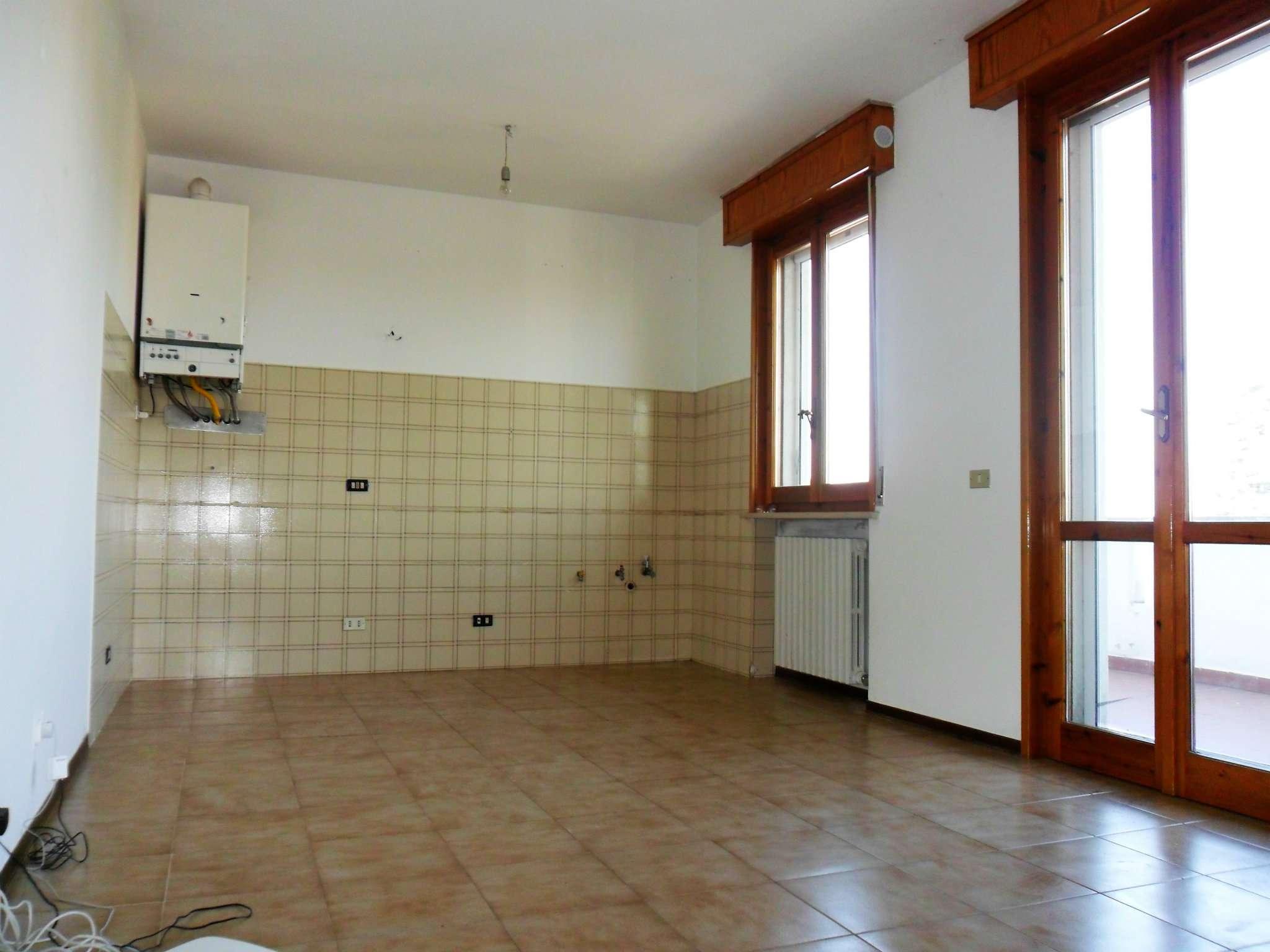 Appartamento in affitto a Noceto, 3 locali, prezzo € 420 | Cambio Casa.it