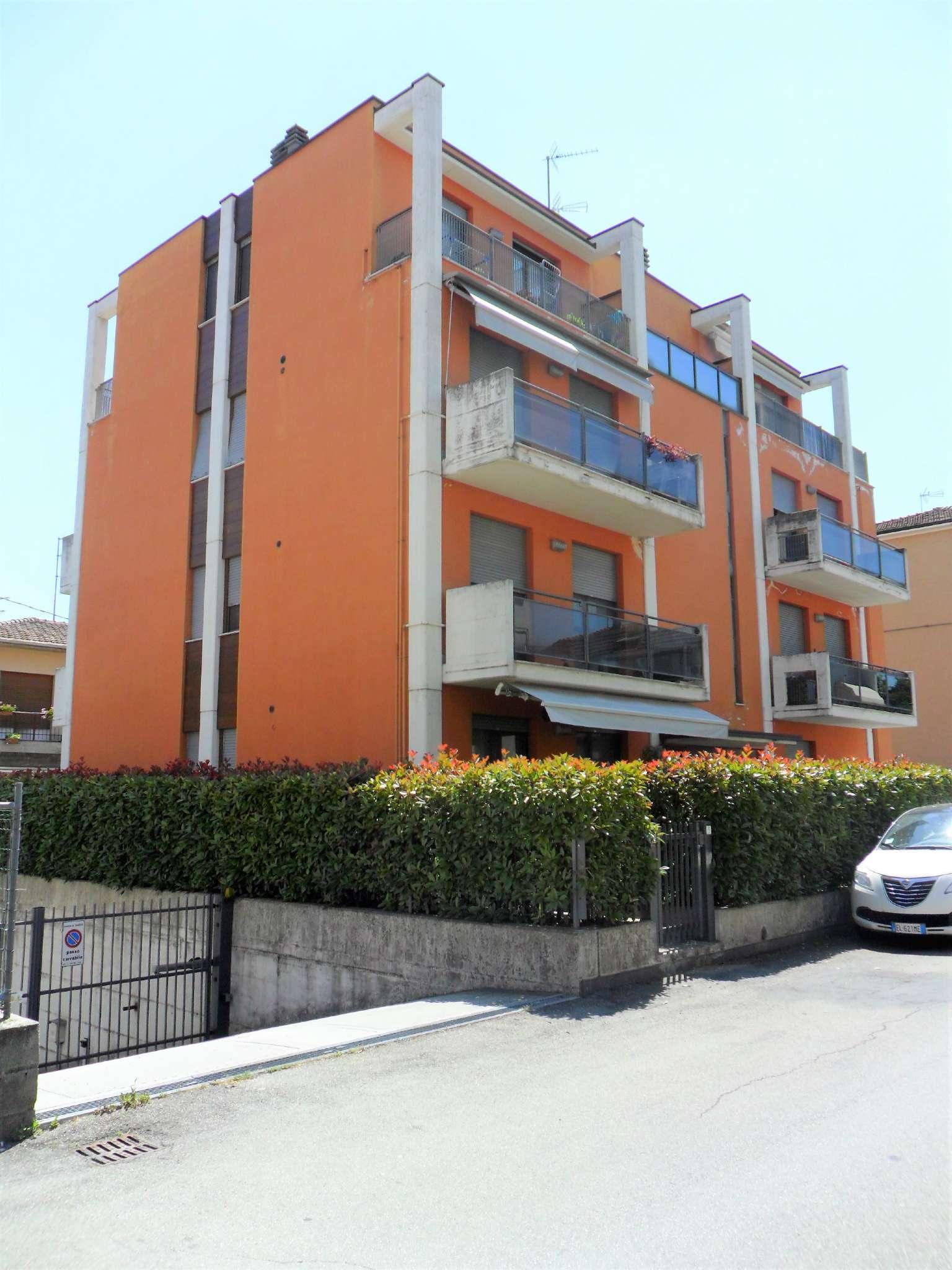 Appartamento in vendita a Noceto, 2 locali, prezzo € 85.000 | Cambio Casa.it