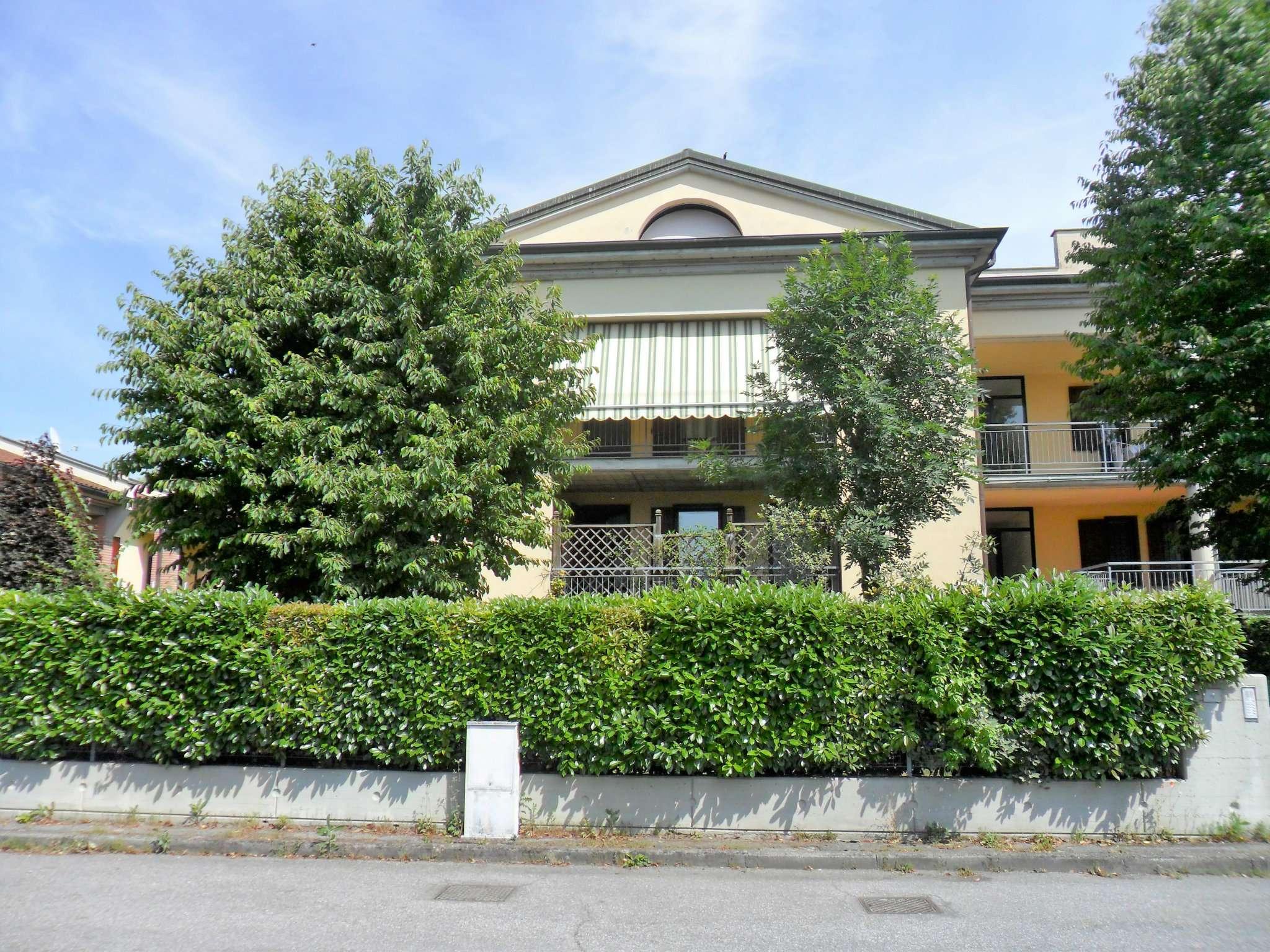 Appartamento in vendita a Collecchio, 6 locali, prezzo € 249.000 | Cambio Casa.it