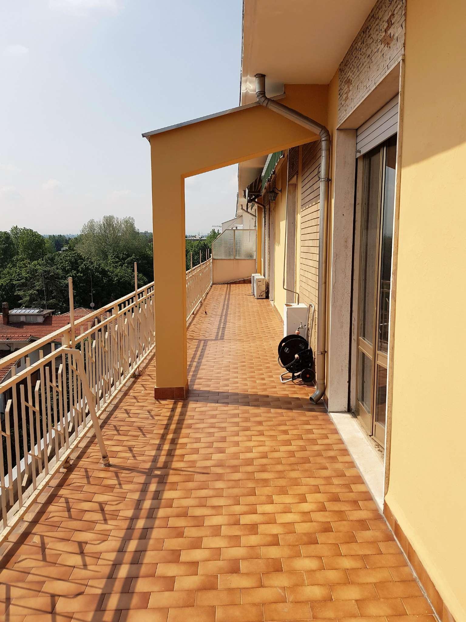 Parma Affitto ATTICO Immagine 0