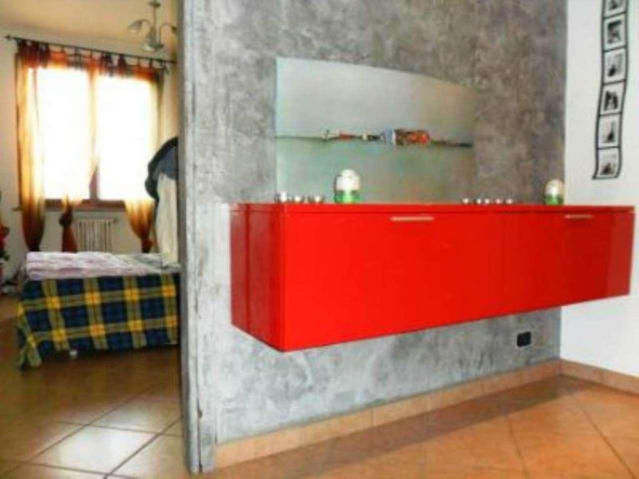 Bilocale Parma Via Lizzadri 4