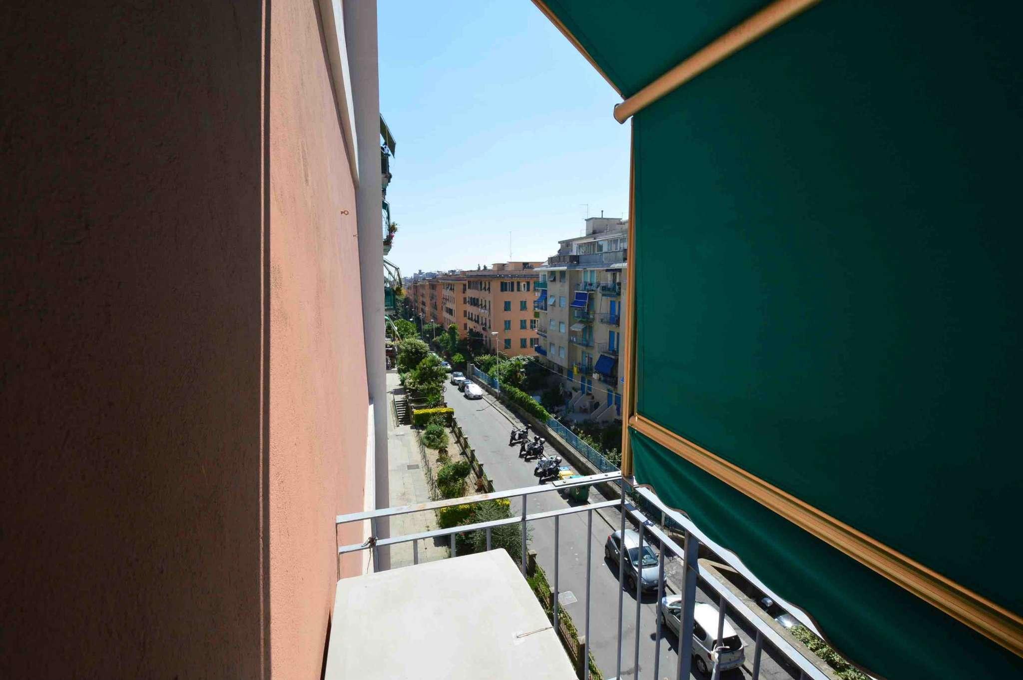 Bilocale Genova Via Gorizia 1