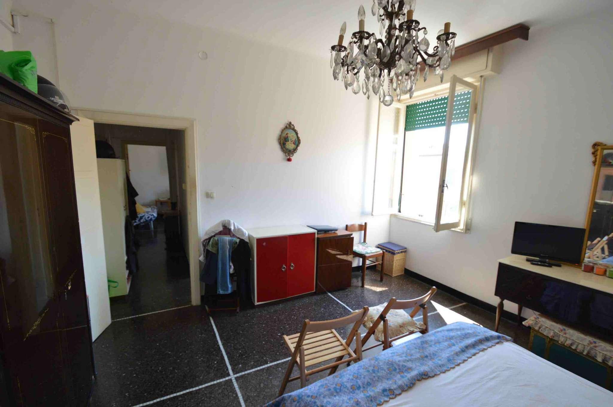 Bilocale Genova Via Gorizia 9
