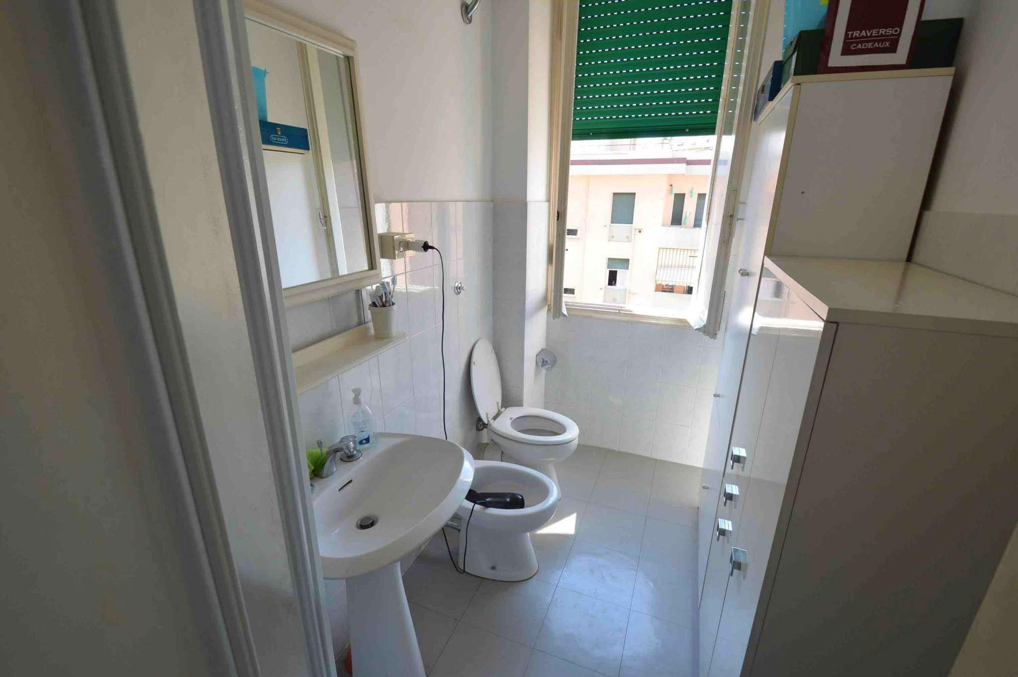 Bilocale Genova Via Gorizia 11